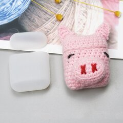 Ausinių dėklas Hurtel silicon case box with a wool cap for AirPods 1/2 Piggy kaina ir informacija | Ausinių dėklas Hurtel silicon case box with a wool cap for AirPods 1/2 Piggy | pigu.lt