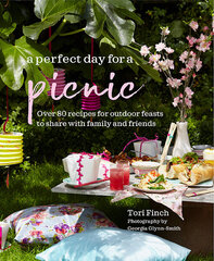 Perfect Day for a Picnic : Over 80 Recipes for Outdoor Feasts to Share with Family and Friends, A kaina ir informacija | Receptų knygos | pigu.lt